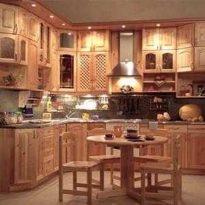 Кухня из натуральной древесины