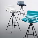 Итальянский барный стул с оригинальной расцветкой