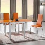 Кухонные стулья яркого цвета