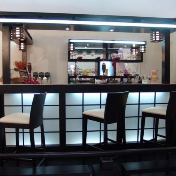 барная стойка в японском стиле