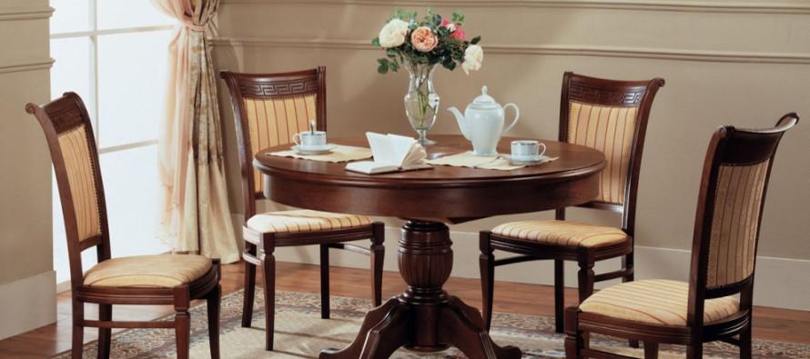 Разнообразие деревянных стульев, мягкие деревянные стулья