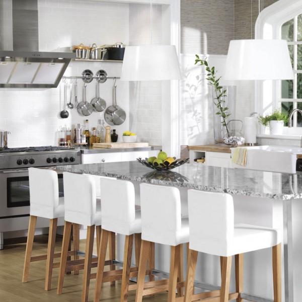 кухня икеа с барными стульями