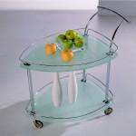 Стеклянный сервировочный столик на колесиках