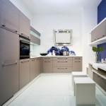Современная угловая модульная кухня