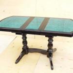 Стол с плиткой бирюзовый