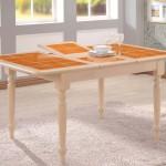 стол с плиткой морковный