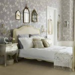 На фото изображен дизайн спальни прованс
