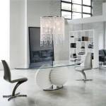 Овальный стол со стеклянной столешницей