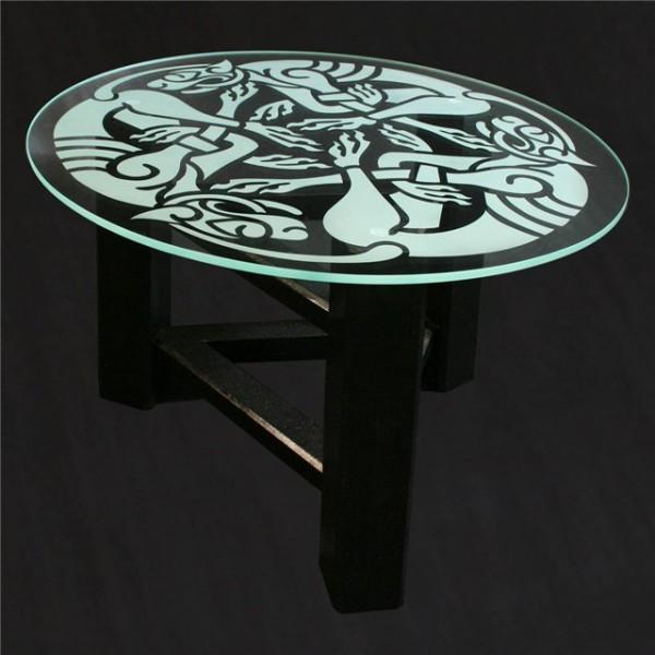 Стеклянный стол с пескоструйной обработкой