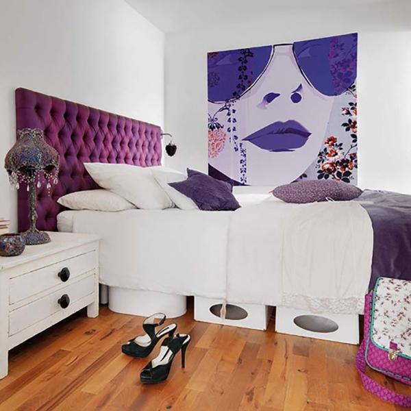 Белая спальня с яркими акцентами