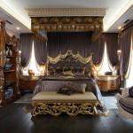 Роскошная спальня в стиле барокко