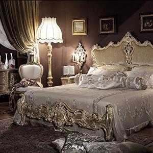 Красивая спальня в стиле барокко