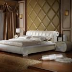 Спальня из светлой кожи