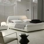 Черно-белая спальня в стиле минимализм