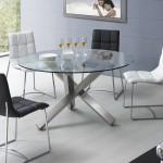 Стеклянный стол с тремя хромированными ножками