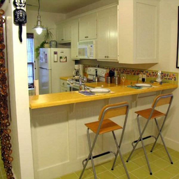 Зонирование небольшой кухни-студии