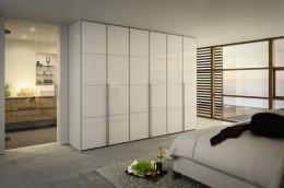 Платяной шкаф в спальню: все необходимые вещи в одном месте