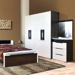 Большой бельевой шкаф для спальни