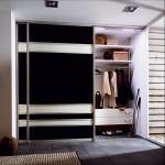 Стильный и вместительный шкаф