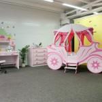 Детская комната с каретой
