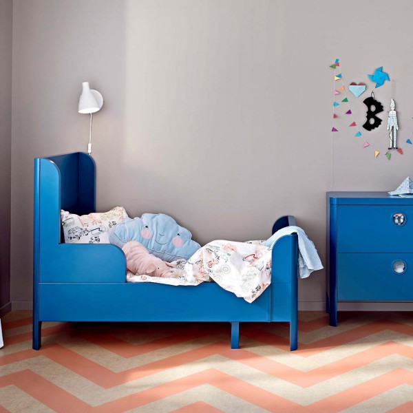 Раздвижная кровать Икеа для детской