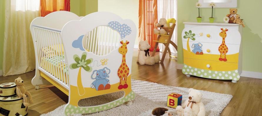 как правильно выбирать кровать для новорожденного