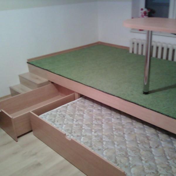 Кровать-подиум своими руками в детской