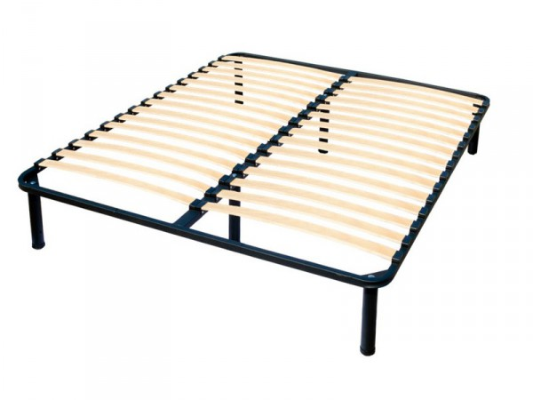 двуспальная ламельная каркас-кровать на металлической раме
