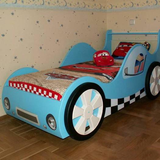 кровать машинка сделанная своими руками 2
