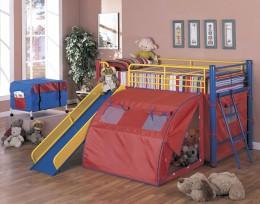 Кровать-чердак с игровой зоной и горкой – детская площадка без границ