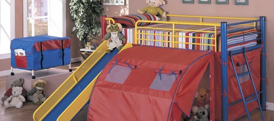 Детская кровать-чердак с горкой и игровой зоной