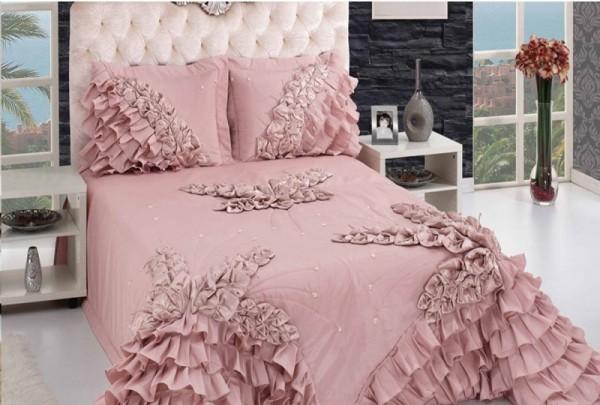 Полуторное одеяло на кровать