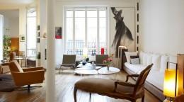 Журнальный столик в интерьере – истинное украшение гостиной