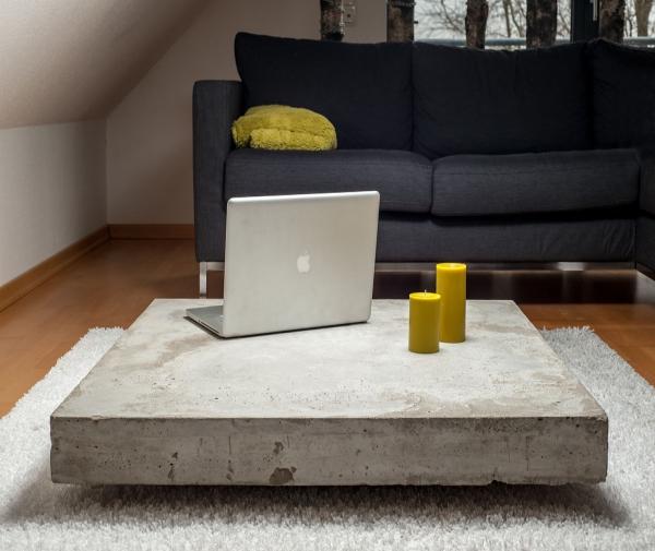Сочетание бетона и МДФ в кофейном столике