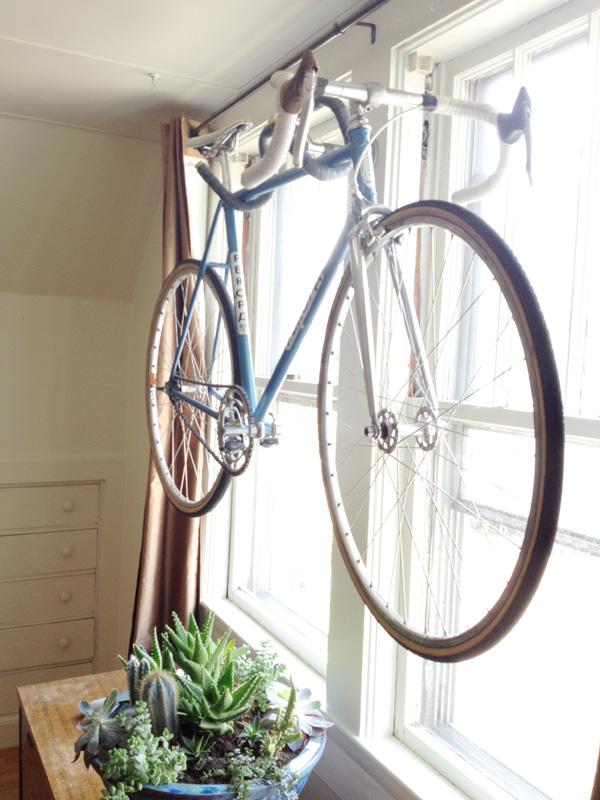 Как своими руками сделать держатель для велосипеда