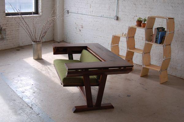 Сочетание в одном предмете стола и дивана