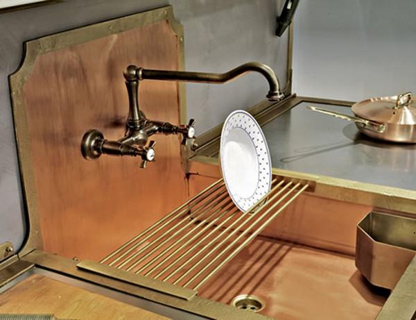 латунь и медь для оформления кухонного гарнитура