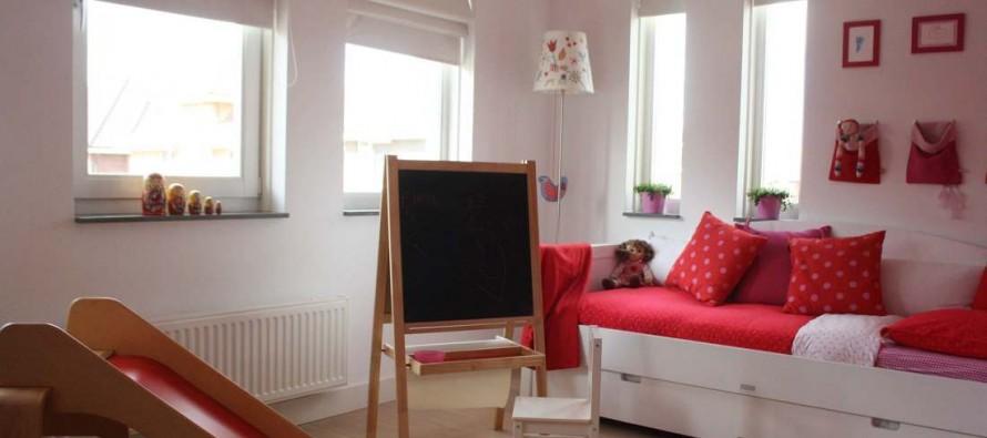 мольберты в детскую комнату
