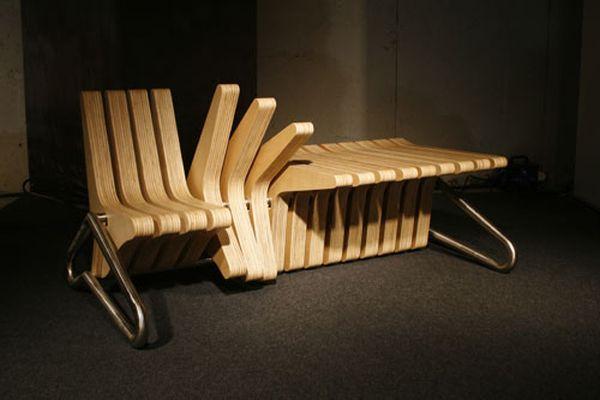 Дизайнерская скамейка и стол в одном предмете мебели
