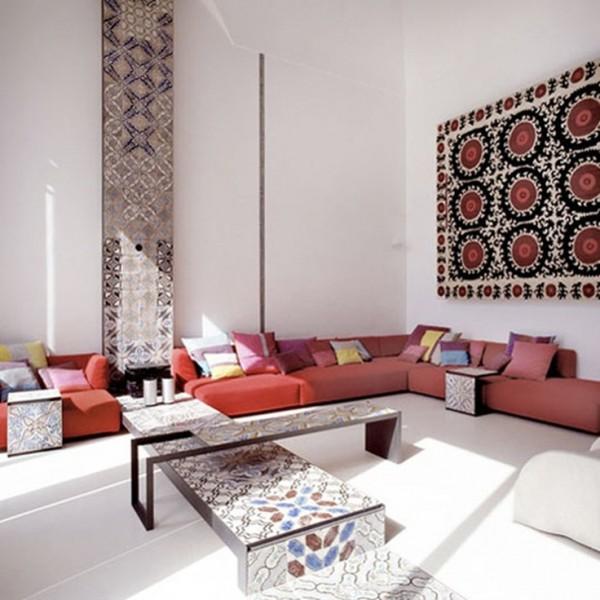 Фото ковра на стене в современном интерьере