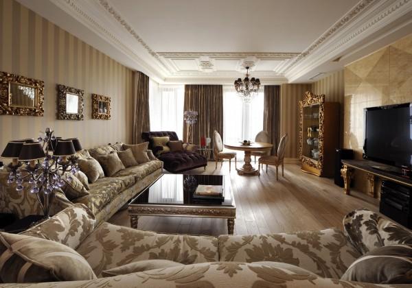 Фото красивого интерьера маленькой гостиной в классическом стиле в квартире