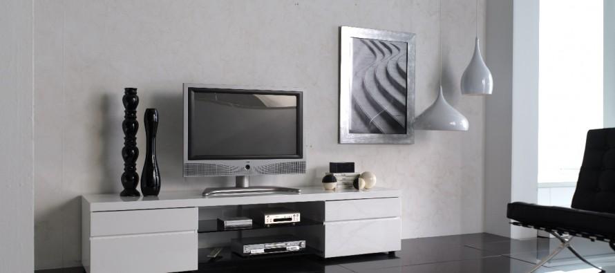 на фото длинная современная тумба под тв в гостиной