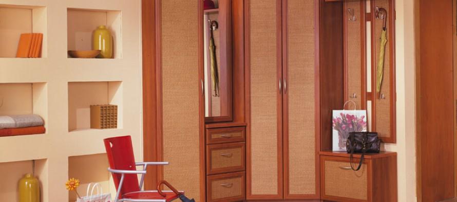 Фото стильной современной вешалки в прихожую