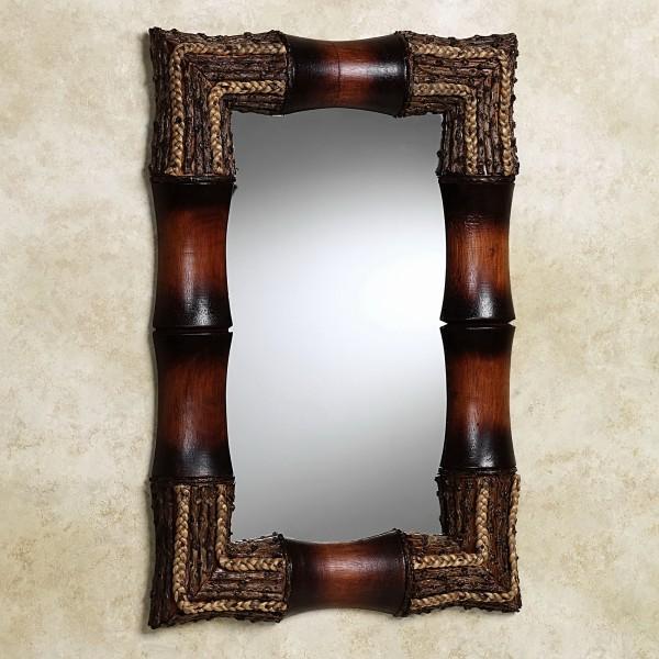 Оригинальное зеркало в прихожей