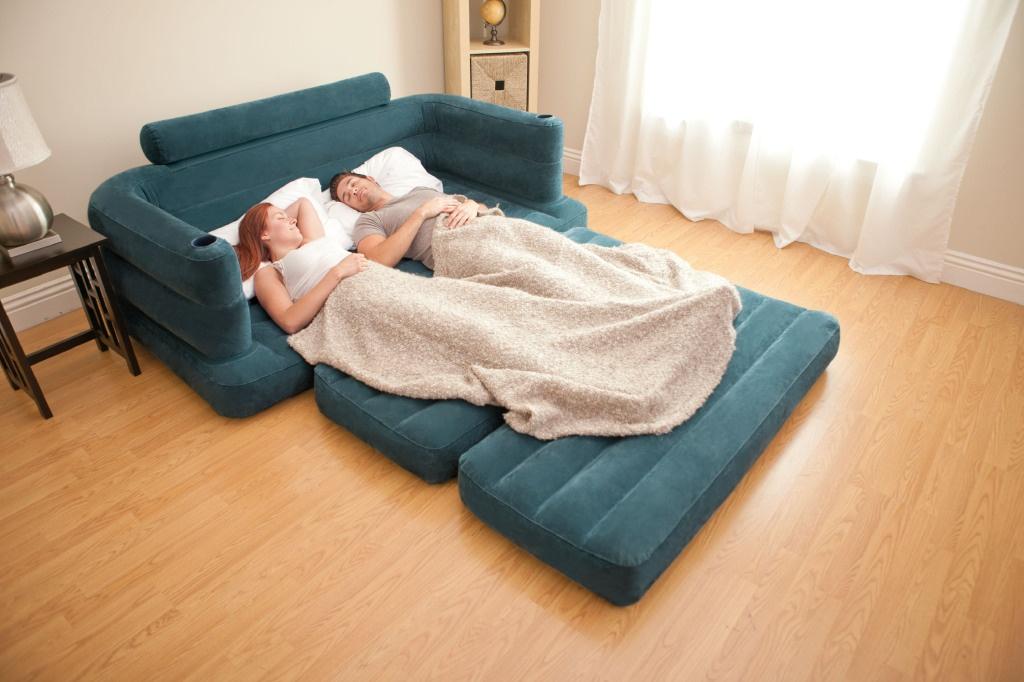 Надувной диван-кровать: отличный заменитель традиционной мебели или путь к проблемам со спиной