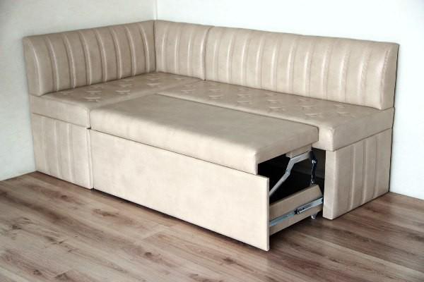 Угловой диван мале со спальным местом