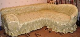 Покрывало на угловой диван – декоративная деталь или необходимость