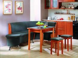 Кухонный угловой диван – эргономичное решение для зоны столовой