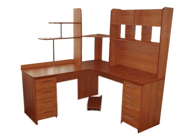 Фото компьютерного углового стола с размерами