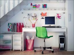Компьютерный стол от Икеа – привлекательность в простоте решения